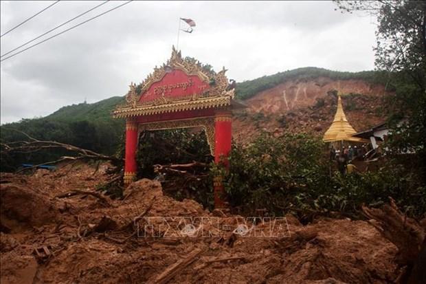 缅甸山体滑坡导致65人死亡 数万民众流离失所 hinh anh 1