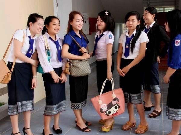 """越南为老挝留学生体验""""走进越南家庭""""创造条件 hinh anh 1"""