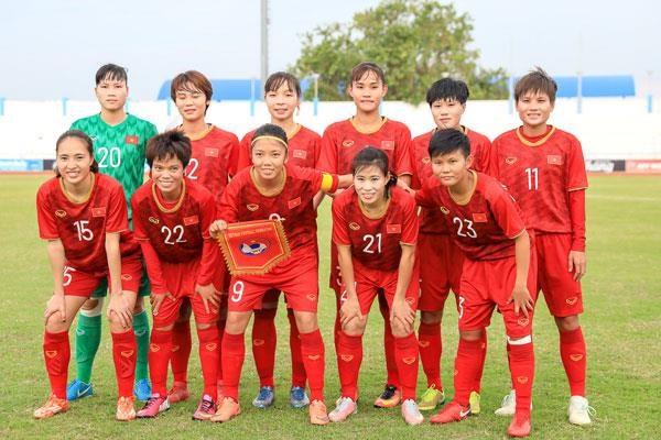 越南女足7-0大胜印尼 提前拿到东南亚女足锦标赛半决赛门票 hinh anh 1