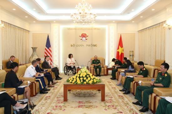 越南与美国优先解决战争遗留后果 hinh anh 1
