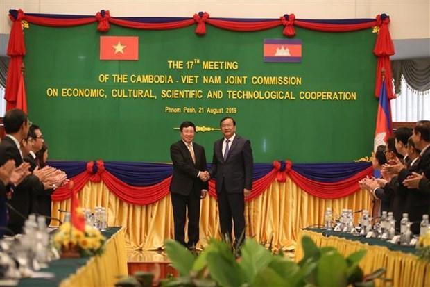 越南与柬埔寨签署全面合作协议 hinh anh 1