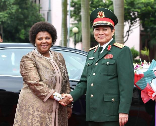越南与南非致力于加强防务合作 hinh anh 1