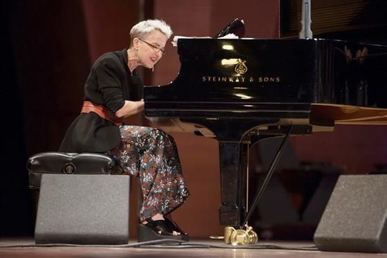 美国著名钢琴家米拉‧梅尔弗即将在胡志明市举行钢琴演奏会 hinh anh 1