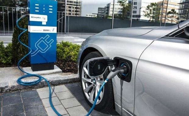 老挝预计将于2020年进口电动车 降低化石燃料使用率 hinh anh 1