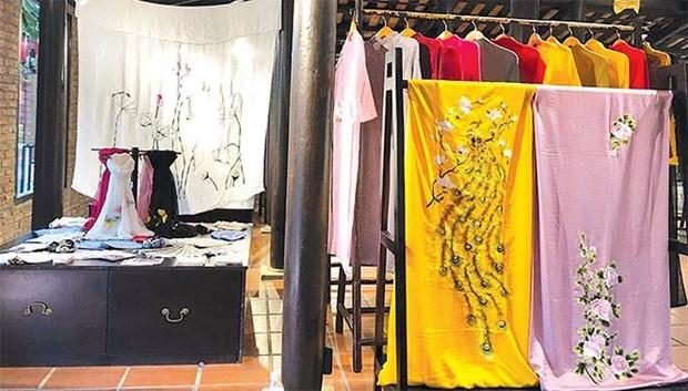 """""""绣市""""手工刺绣——出于对传统行业热爱的创业 hinh anh 1"""