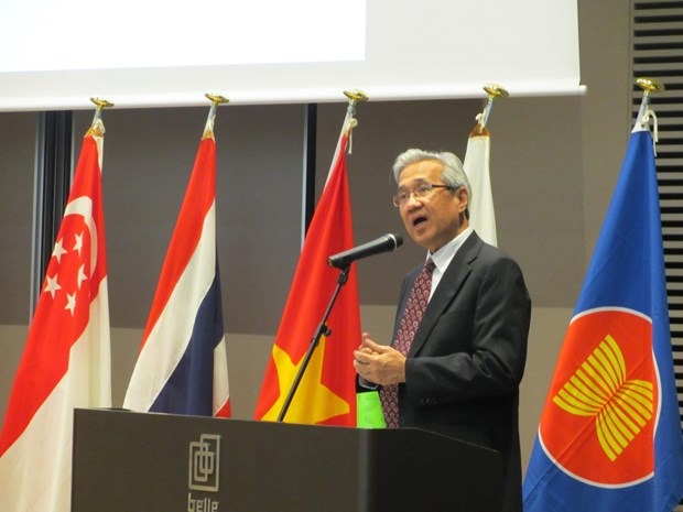 东盟副秘书长阿拉丁•里诺:东盟一体化进程取得的成就并非理所当然 hinh anh 1