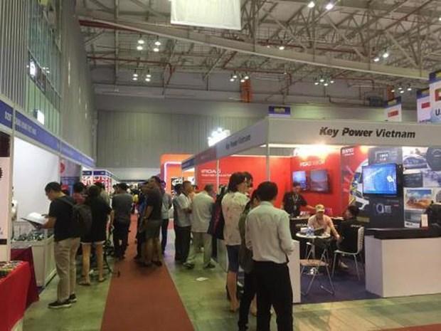 2019年第十六届越南国际汽车、摩托车、电动车及零配件展览会将于9月初举行 hinh anh 1