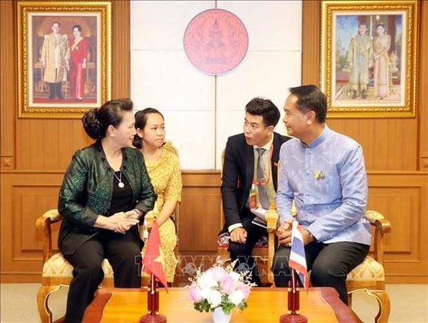 越南国会主席阮氏金银访问泰国乌隆府 hinh anh 1
