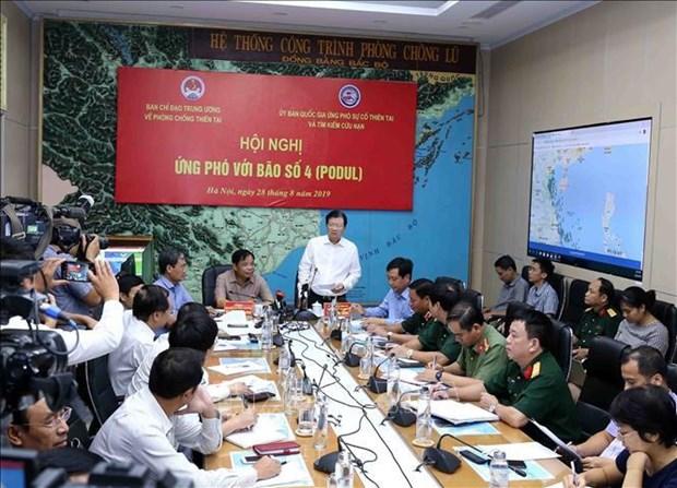 郑廷勇副总理指示各地方落实应急措施 积极应对第四号台风 hinh anh 1