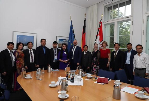 越南永福省深化与德国勃兰登堡州的投资促进活动 hinh anh 2