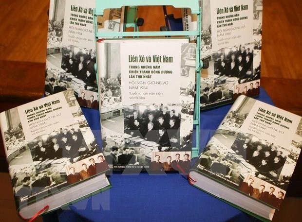 《1954年日内瓦会议——第一次印度支那战争中的越南与苏联》越语版书籍问世 hinh anh 1