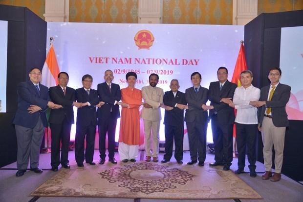 """印度官员:越南是印度""""向东行动""""政策的重要伙伴和可信赖朋友 hinh anh 1"""