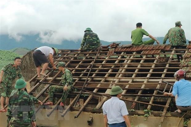 第四号台风及其环流袭击越南造成7人伤亡 全国各地遭受严重损失 hinh anh 2