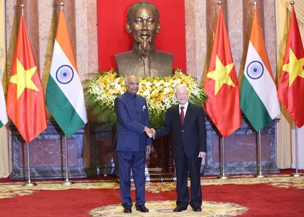 印度总统向越共中央总书记、国家主席致电祝贺越南国庆74周年 hinh anh 1