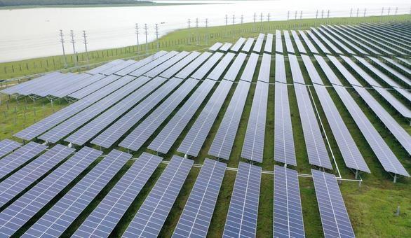 西宁省一号和二号油汀太阳能发电厂正式落成 hinh anh 2