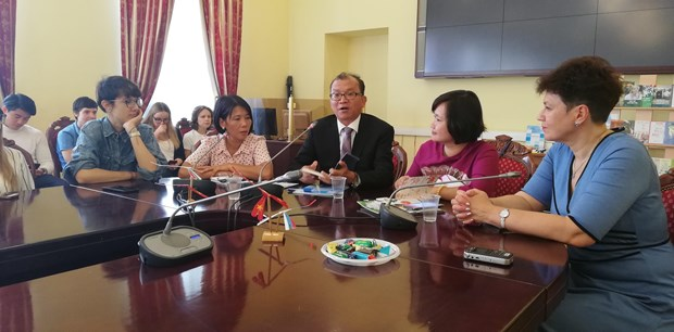 """""""越南语与俄语及俄文化的交流""""座谈会在俄罗斯举行 hinh anh 1"""