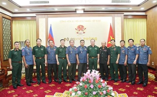 越柬军队进一步加大合作力度 hinh anh 2