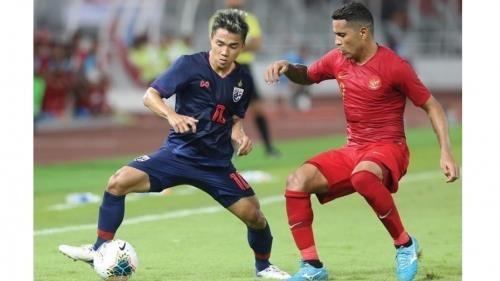 2022年世界杯亚洲区预选赛G组: 泰国3-0大胜印尼 阿联酋2-1逆转马来西亚 hinh anh 1