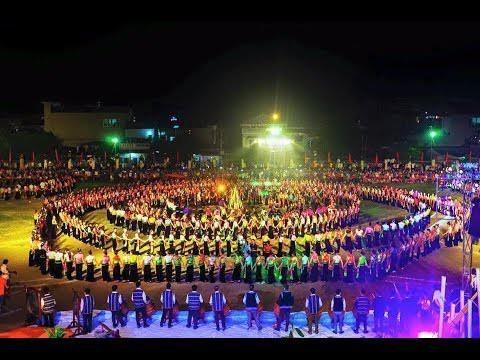 安沛省举行世界最大的越南群人舞表演 hinh anh 1