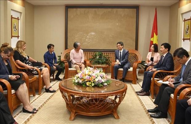越南政府副总理武德儋会见古巴劳动和社会保障部部长 hinh anh 1