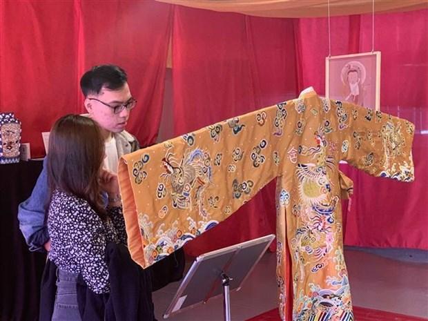 越南阮朝文化主题当代艺术作品展在悉尼亮相 hinh anh 1