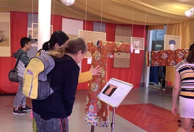越南阮朝文化主题当代艺术作品展在悉尼亮相 hinh anh 2