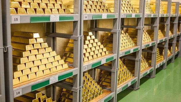 9月17日越南黄金价格跌至4200万越盾以下 hinh anh 1