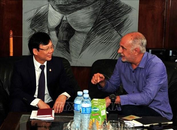 越南与古巴加强新闻领域合作 hinh anh 1