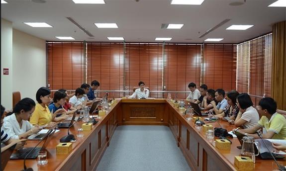 越南劳动总联合会建议减少劳动者工作时间 hinh anh 1