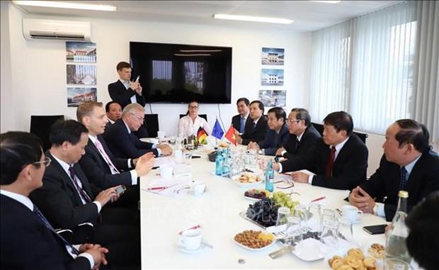 广平省呼吁德国企业投资清洁能源行业 hinh anh 2