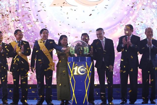 柬埔寨副首相梅森安高度评价越南BIDC银行对柬埔寨的贡献 hinh anh 2