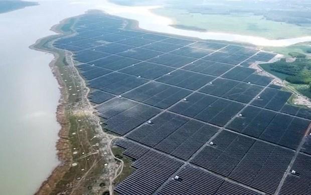 同奈省提议在治安湖中建设8个太阳能发电站 hinh anh 1
