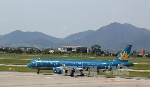 越航因台风塔巴继续对飞往韩国和日本的航班时刻表进行调整 hinh anh 1