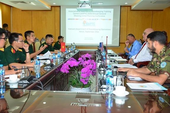 越南为2020年亚太维和训练中心联盟年会作出积极准备 hinh anh 2