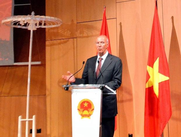 越南常驻联合国代表:越南优先保护与弘扬民族传统文化特色 hinh anh 1