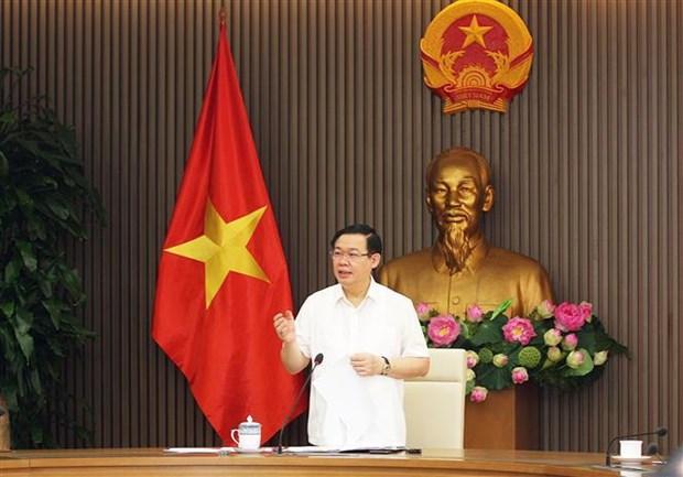 越南政府副总理王廷惠:完善吸引FDI 的相关法律 着力加快公共资本到位进度 hinh anh 2