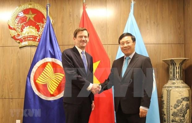 越南政府副总理兼外交部部长范平明在联合国大会期间同各国领导举行双边会晤 hinh anh 1