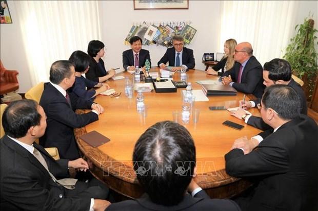 越南与意大利加强反腐败领域的合作力度 hinh anh 1