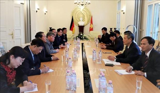 越南国会高级代表团对德国进行工作访问 hinh anh 2