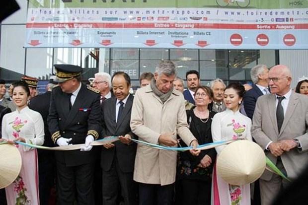 越南特色文化亮相法国梅斯市国际博览会 hinh anh 1