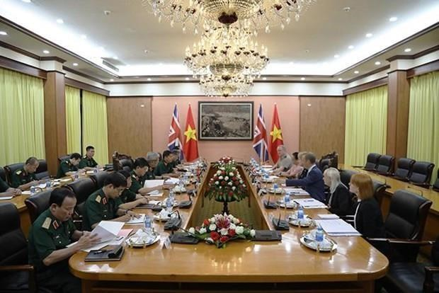 越英在河内举行第二次防务政策对话 hinh anh 1