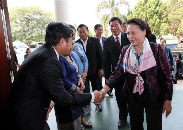 越南国会主席阮氏金银圆满结束对老挝进行的正式访问 hinh anh 2