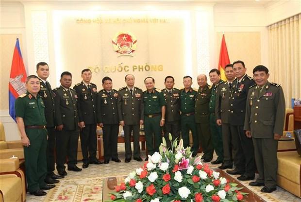 越南与柬埔寨加强防务合作关系 hinh anh 1