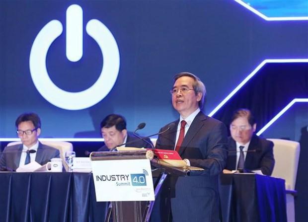 工业4.0高级论坛暨国际展开幕 hinh anh 2