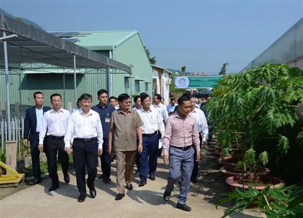 老挝总理通伦结束对越南的正式访问之旅 hinh anh 2