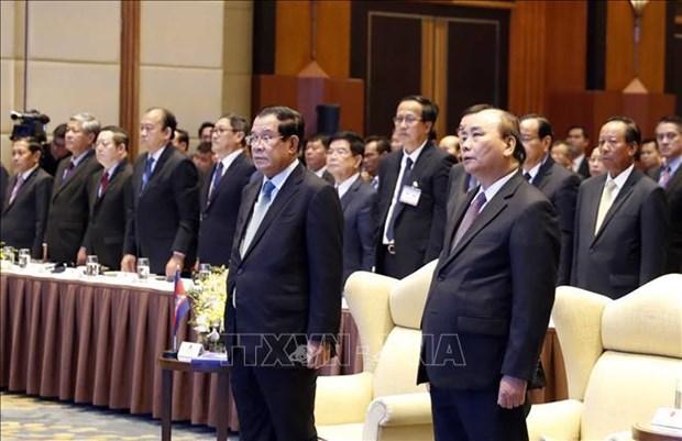 柬埔寨首相洪森圆满结束访越行程 hinh anh 1