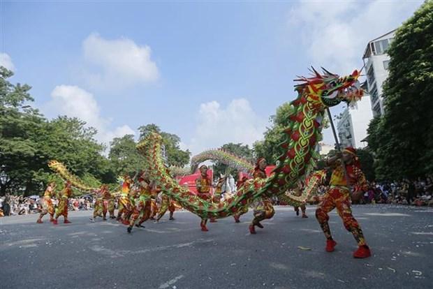 庆祝首都河内解放65周年的活动热闹举行 hinh anh 1