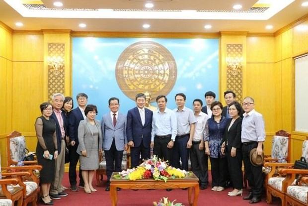 韩国统营市工商会领导赴越南宁平省寻找商机 hinh anh 2