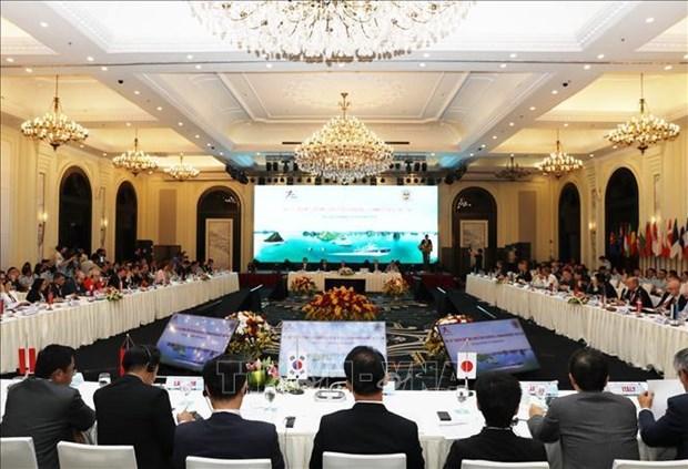 第十三届亚欧海关署长会议在广宁省下龙市召开 hinh anh 1