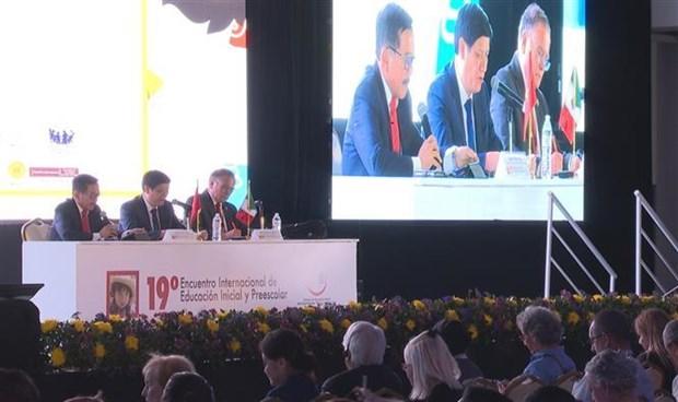 越南参加在墨西哥举行的学前教育国际研讨会 hinh anh 1